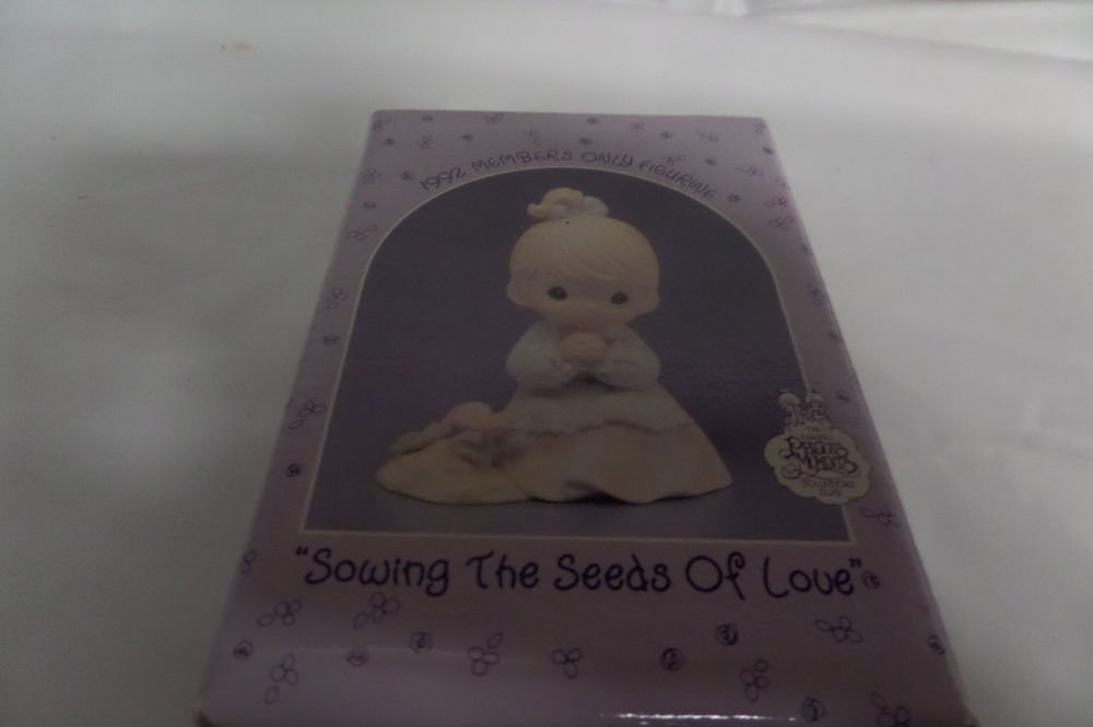 Precious Moments 1992 Sowing the Seeds of Love PM922