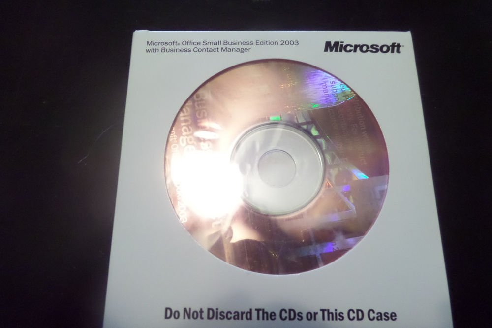 Microsoft Office Small Business Edition 2003 + Business Contact Manager w/ Key