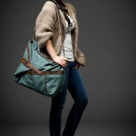 6. MESSENGER I� Canvas & Leather shoulder bag messenger. Green. FREE DELIVERY