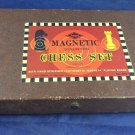 Vintage ES Lowe Magnetic Staunton Chess Set 815 Magneta Board