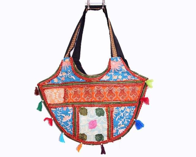 INDIAN PATCHWORK GYPSY BANJARA VINTAGE HANDMADE TRIBAL RARE BAG& PURSE ETHNIC