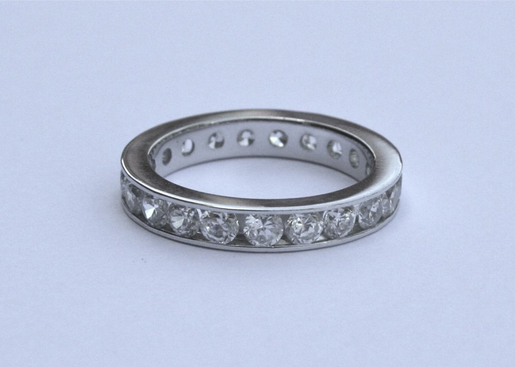 STERLING SILVER 3.5MM WIDE CHANNEL SET ROUND CUT CZ ETERNITY RING SIZE M - N