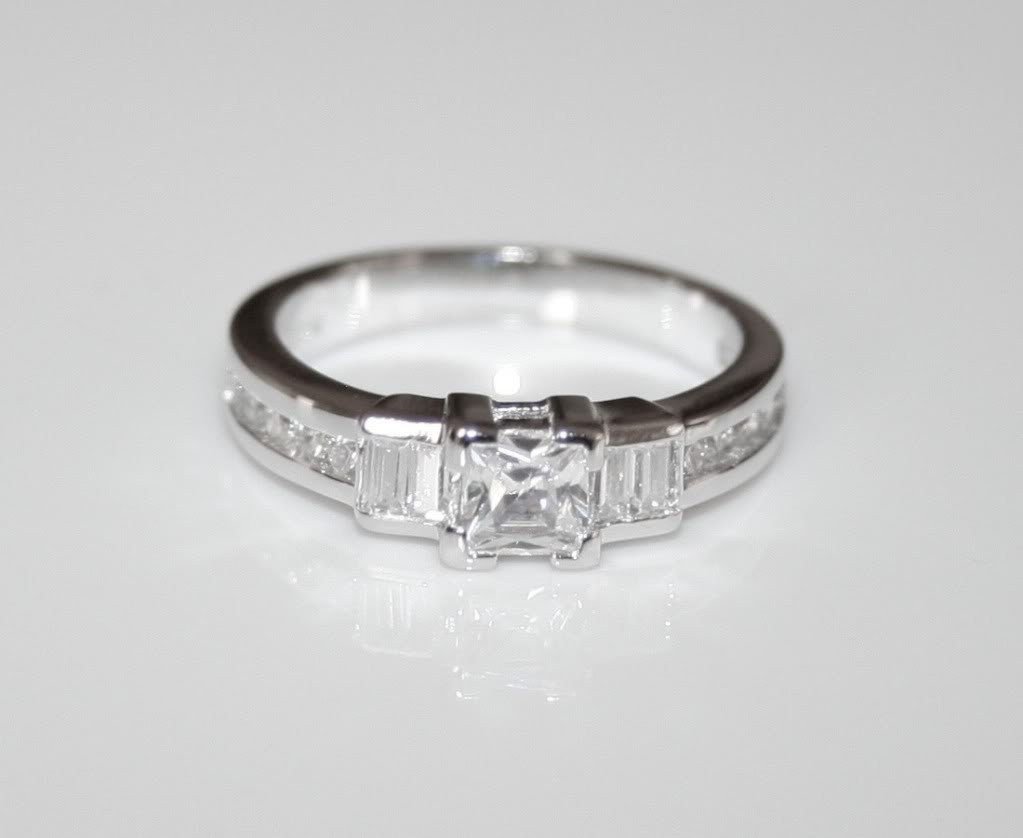 STERLING SILVER ART DECO STYLE 5MM 0.63CT PRINCESS CUT CZ RING(SIZES J - R)