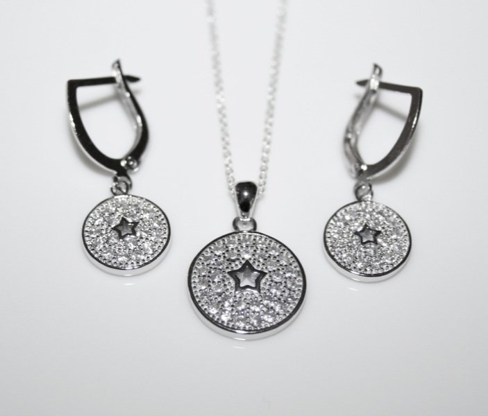 PRETTY STERLING SILVER PAVE SET CZ EARRINGS & PENDANT SET