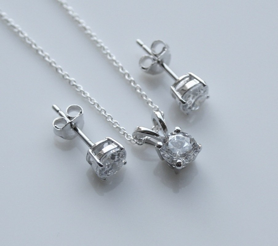 STERLING SILVER 5MM 1.50CT ROUND CUT CZ EARRING AND PENDANT SET + CHAIN