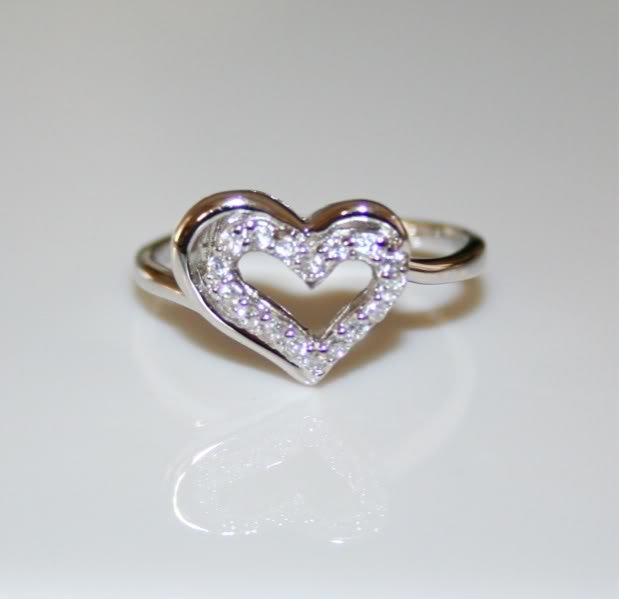 PRETTY STERLING SILVER PAVE SET CZ HEART RING SIZE P
