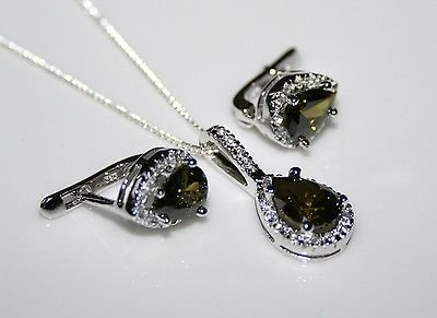 STERLING SILVER 3.50CT FACETED PEAR CUT OLIVINE CZ EARRING & PENDANT SET