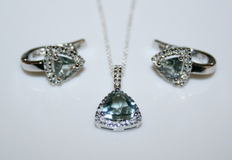 STERLING SILVER 7MM TRILLION CUT TOURMALINE CZ EARRING AND PENDANT SET