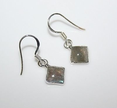 HANDCRAFTED STERLING SILVER 7MM LABRADORITE GEMSTONE SMALL DROP EARRINGS