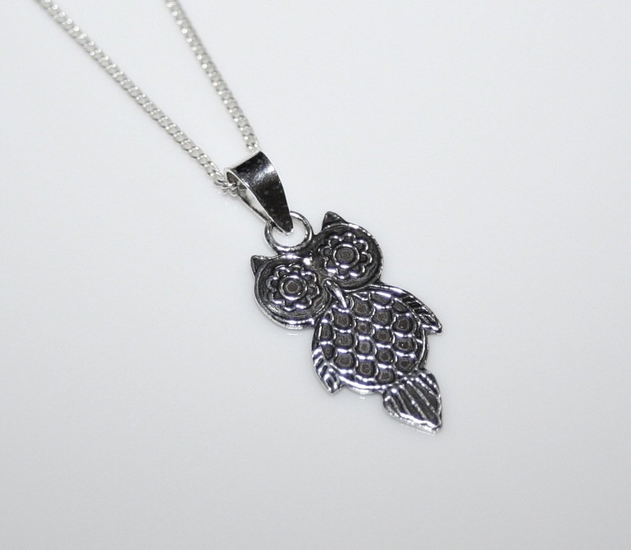 STERLING SILVER ENGRAVED SMALL OWL PENDANT AND CHAIN