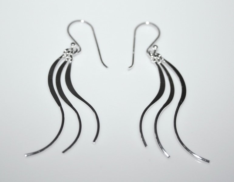925 STERLING SILVER WAVY DROP EARRINGS