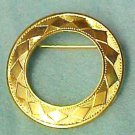 Diamond Pattern Circle Pin Textured Gold Plated Brooch Vintage Costume Fashion