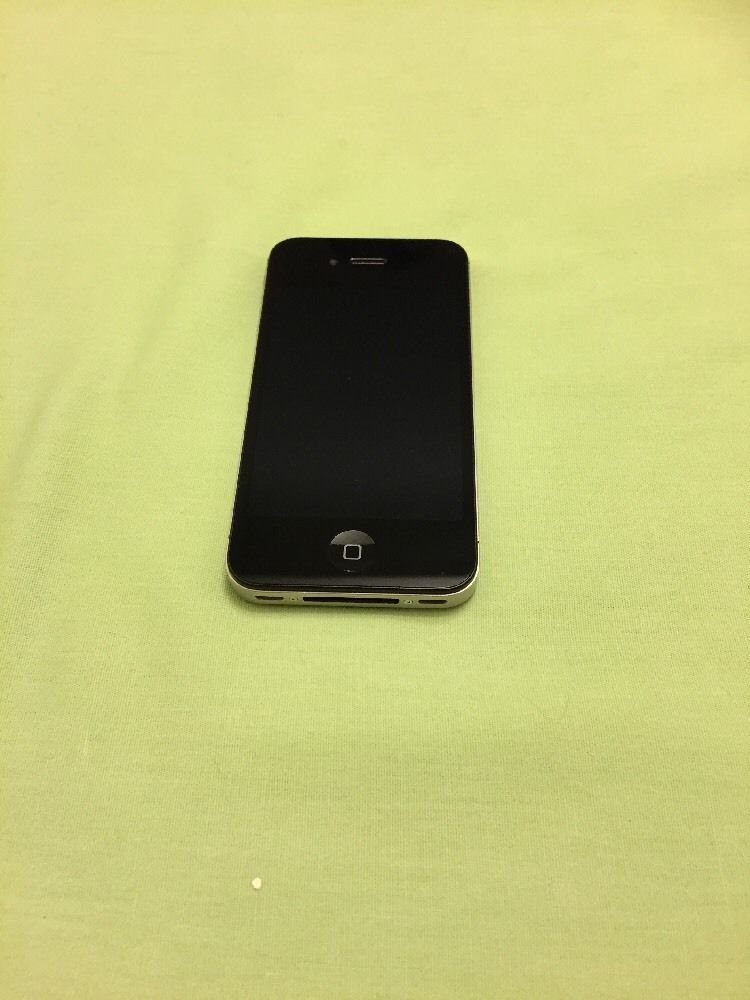 Apple iPhone 4- 32GB - Black (Verizon) Smartphone **Read Description**