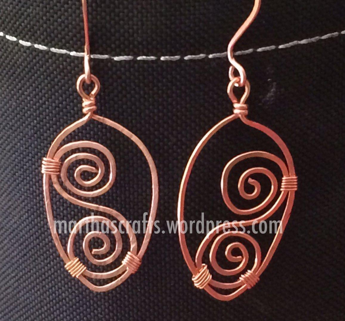 Wirewrapped Copper swirls dangling earrings
