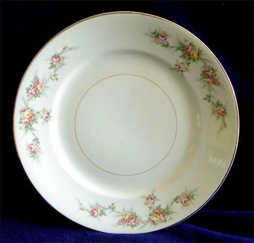 Homer Laughlin Kwaker Countess Darcy Dinner Plate