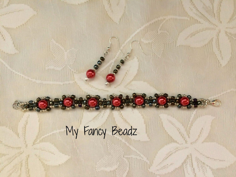 Weekends Bracelet and Earrings Set