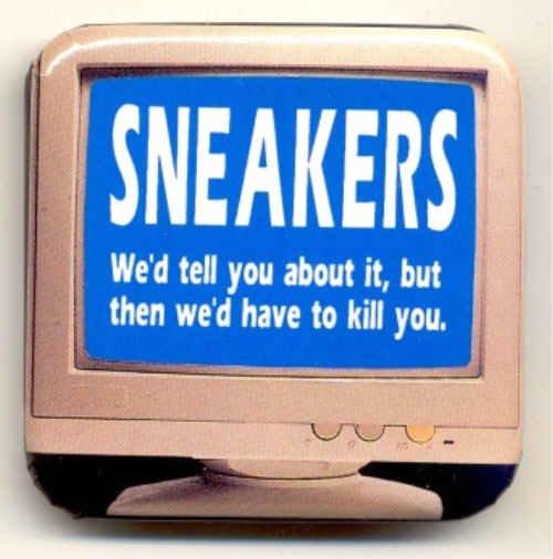 SNEAKERS ~ Original 1992 Computer Screen MOVIE PROMO PINBACK ~ ROBERT REDFORD / DAN AYKROYD
