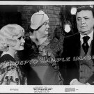 WHAT'S THE MATTER WITH HELEN? ~ '71 Original Movie Photo ~ DEBBIE REYNOLDS Backstage