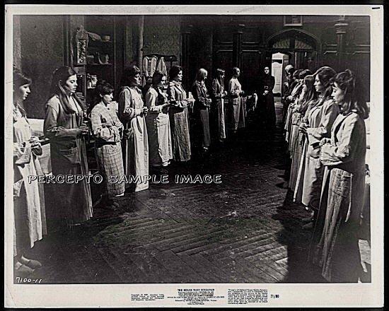 The HOUSE THAT SCREAMED ~ '71 Original AIP Horror Movie Photo ~ DORM ROOM GIRLS