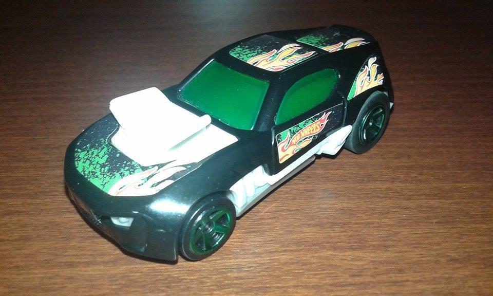 Hot Wheels--black & green car