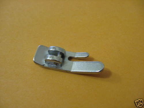 Singer Straight Stitch Foot Snap On Vertical #446014-3