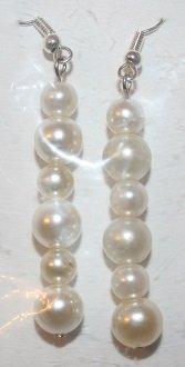 Elegant 45 (6 Pearl Long) Ear Rings