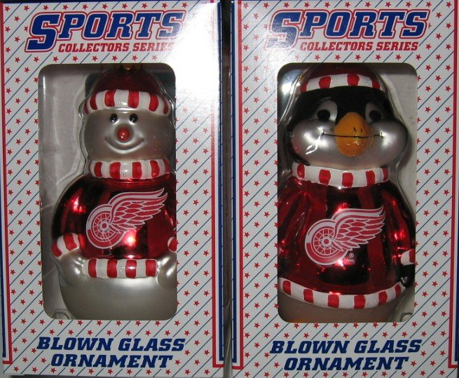Detroit Red Wings Glass Snowman & Penguins Christmas Tree Ornament Set Gift