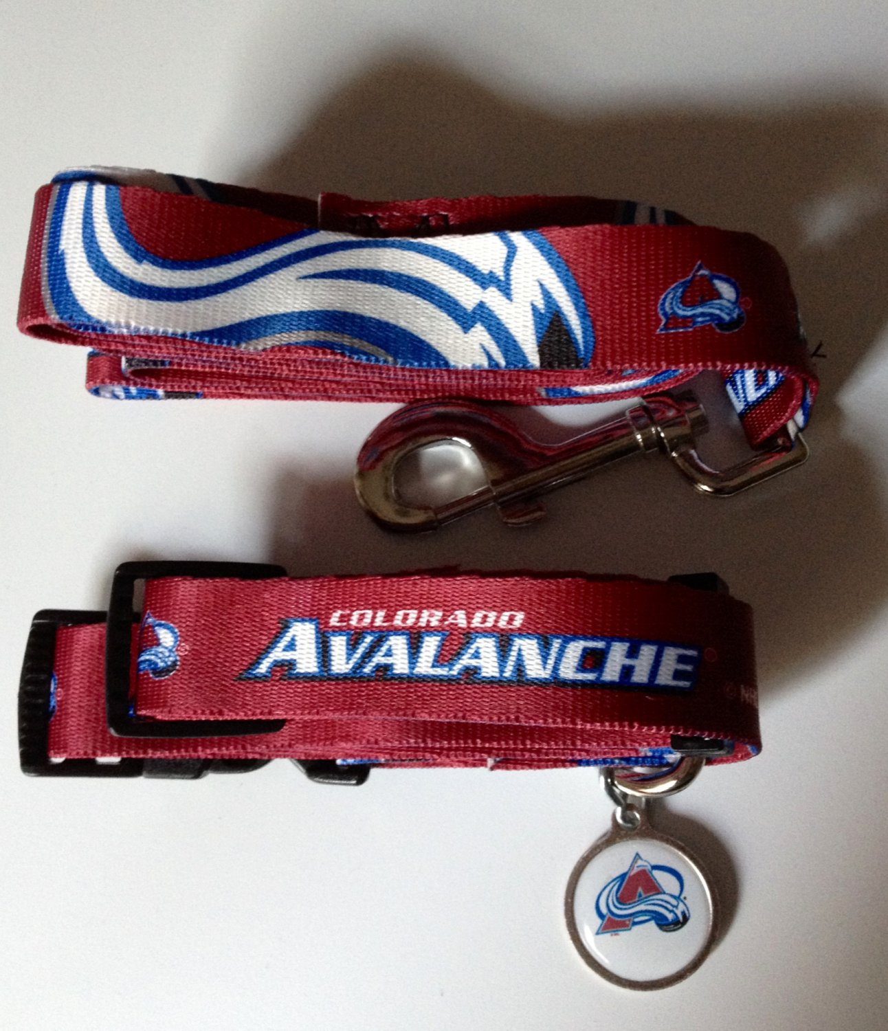 Colorado Avalanche Pet Dog Leash Set Collar ID Tag Medium