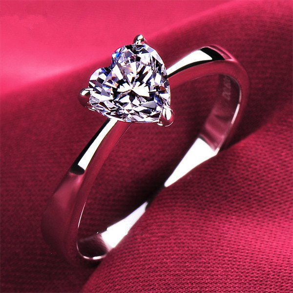 Size #5 Lovely 1 Ct Heart Shape Man Made Diamond Ring Engagement Ring