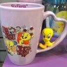 Six Flags Magic Mountain Looney Tunes Tweety Bird on Handle Ceramic Mug Cup New