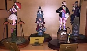 Disneyland Haunted Mansion 45th Anniversary Stretching Room 4 Figurine Set New