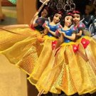 Disney Parks Snow White Figurine Keyring Keychain New