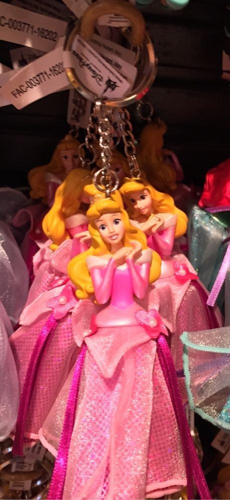 Disney Parks Sleeping Beauty Princess Aurora Figurine Keyring Keychain New