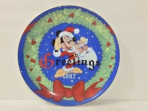 Disney Disney's Christmas Collection Christmas 1977 Ceramic Plate USED