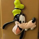 DISNEY PARKS GOOFY FACE ACRYLIC METAL MAGNET NEW