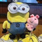 Universal Studios Exclusive Despicable Me Minion With Pig Plush New