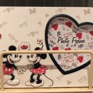 DINSEY PARKS MICKEY AND MINNIE MOUSE HUGS AND KISSES RESIN PHOTO FRAME NEW