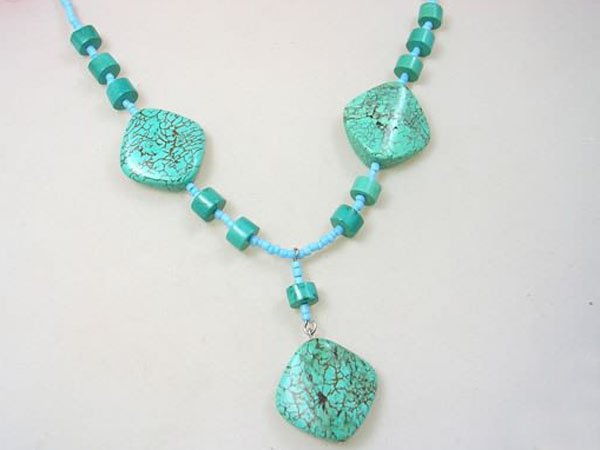 DSCN-5371     Turquoise Beads Necklace