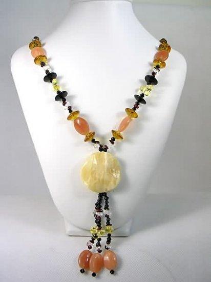 DSCN-0330  Agate, Crystal, Garnet, Jade Necklace