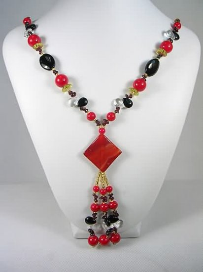 Free shipping---Coral, Garnet, Agate Necklace