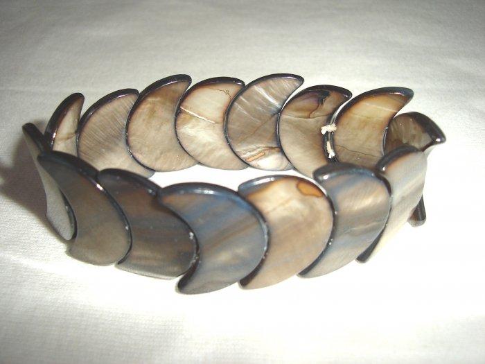 BHX-6031    Natural Shell Bracelet