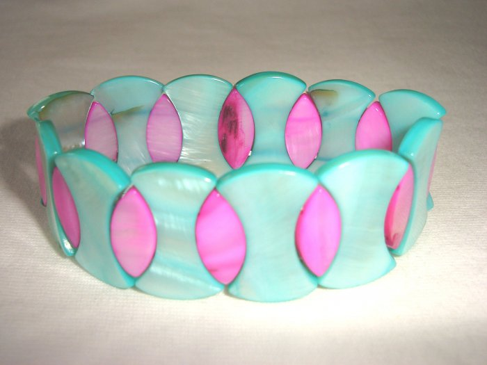 BHX-6012    Natural Shell Bracelet