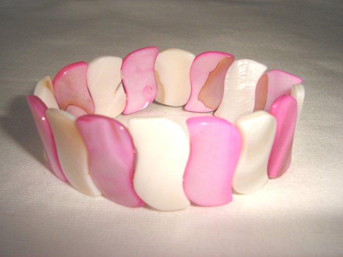 BHX-6028    Natural Shell Bracelet