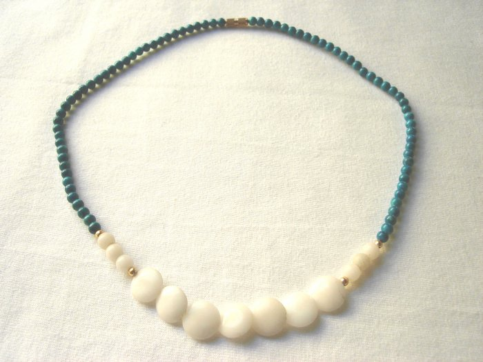 NSP-6002     Masan Stone and Shell Beads Necklace