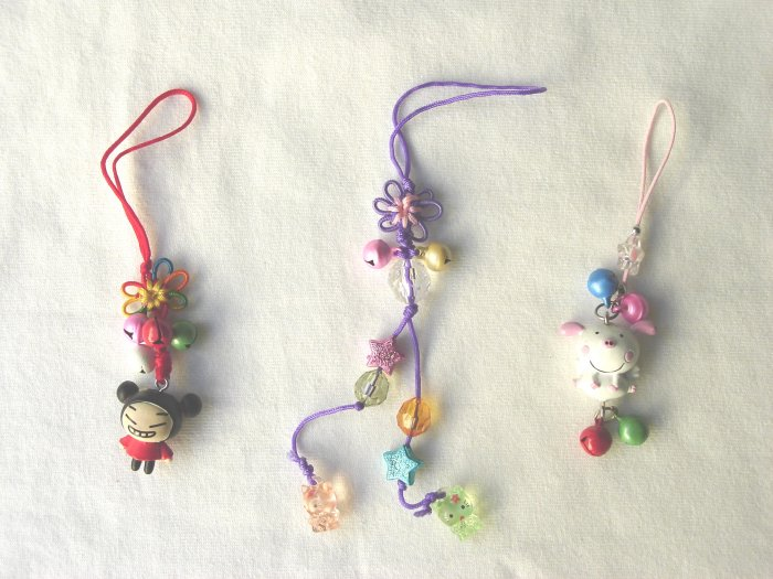 KCL-8009    Plastic Doll & Metal Bell Chinese Knot set