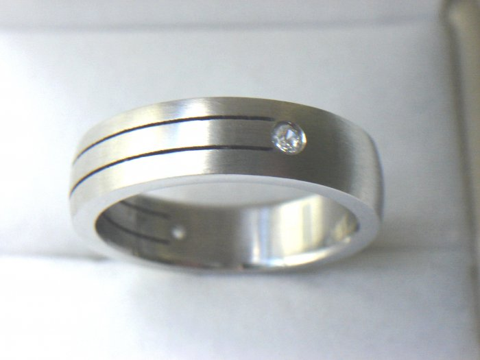 RHD-8037     Stainless Steel CZ Wedding Band Ring