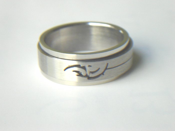 RHD-8035     Stainless Steel Laser Cut Spin Ring
