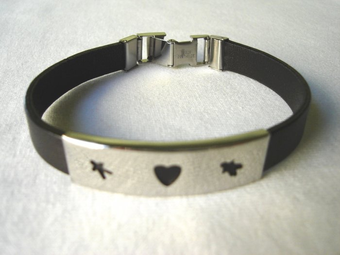 BHY-6002     Stainless Steel and Genuine Leather Bracelet