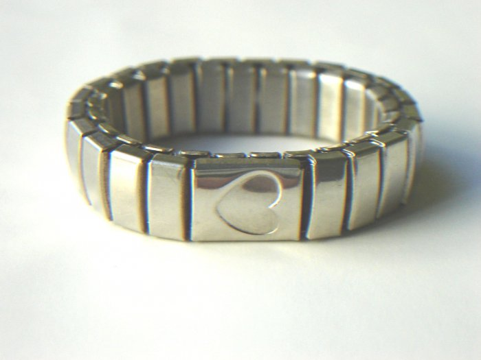 RHY-6002       Stainless Steel Stretch Ring