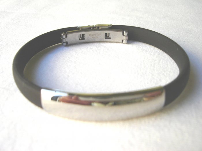 BHY-2035   Stainless Steel And Rubber Bracelet